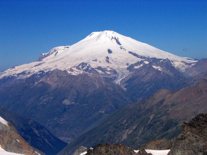 Lokasi Gunung Terbaik Untuk Olaharaga Hiking